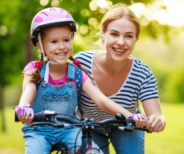 girls-on-bikes